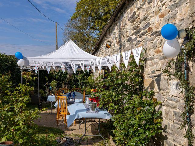 Le mariage de Sylvain et Jean à Roudouallec, Morbihan 15