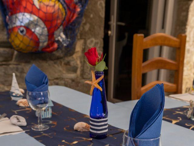 Le mariage de Sylvain et Jean à Roudouallec, Morbihan 16