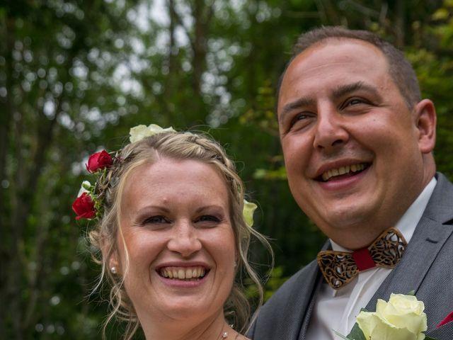 Le mariage de Arnaud et Flavie à Vimoutiers, Orne 13