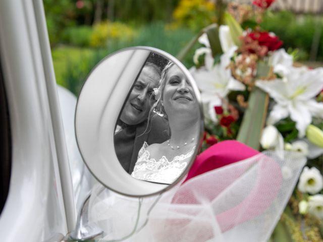 Le mariage de Arnaud et Flavie à Vimoutiers, Orne 18