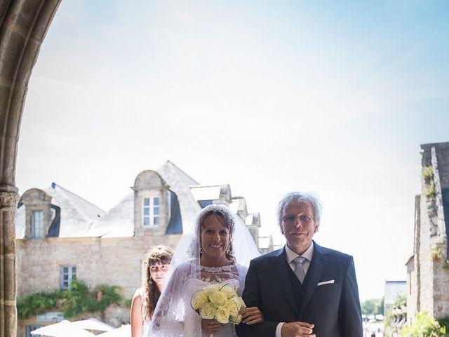 Le mariage de Altin et Denise à Locronan, Finistère 10