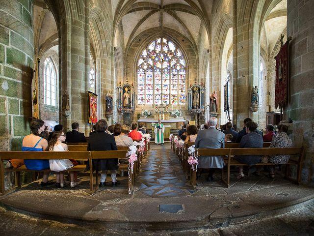 Le mariage de Altin et Denise à Locronan, Finistère 13
