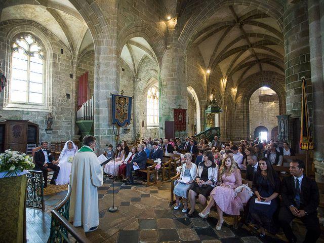 Le mariage de Altin et Denise à Locronan, Finistère 15