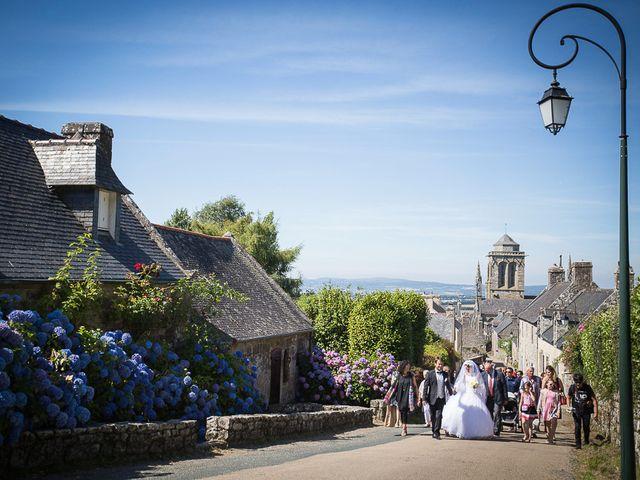 Le mariage de Altin et Denise à Locronan, Finistère 22