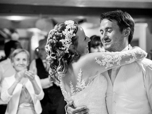 Le mariage de Altin et Denise à Locronan, Finistère 43