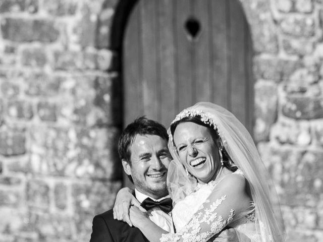 Le mariage de Altin et Denise à Locronan, Finistère 32