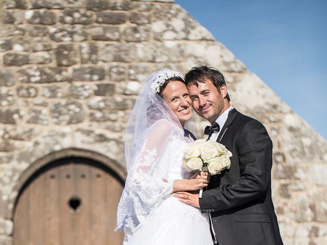 Le mariage de Altin et Denise à Locronan, Finistère 37