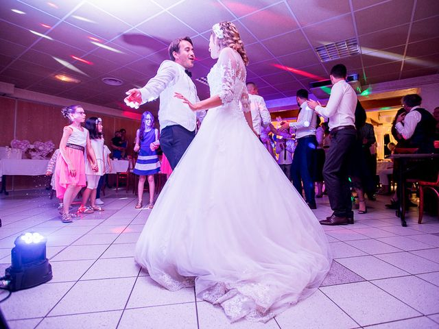 Le mariage de Altin et Denise à Locronan, Finistère 48