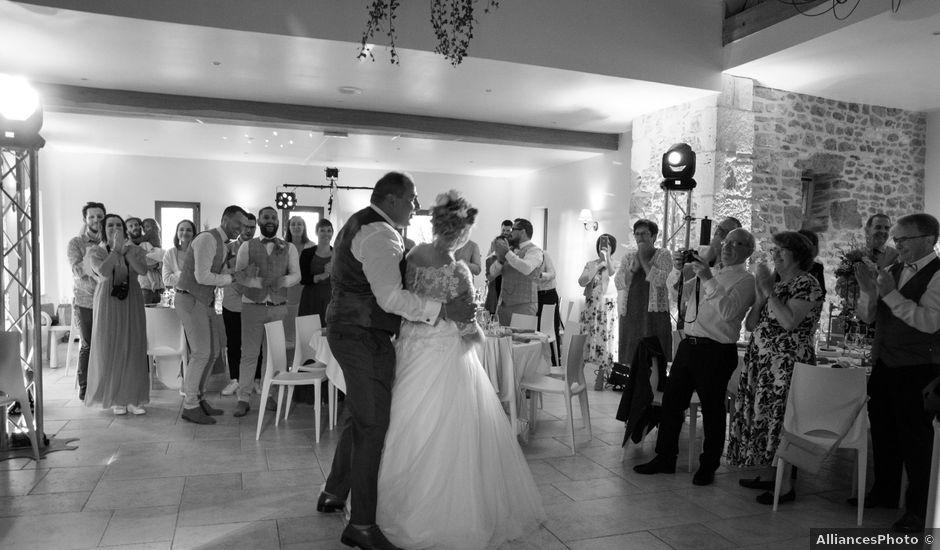 Le mariage de Arnaud et Flavie à Vimoutiers, Orne