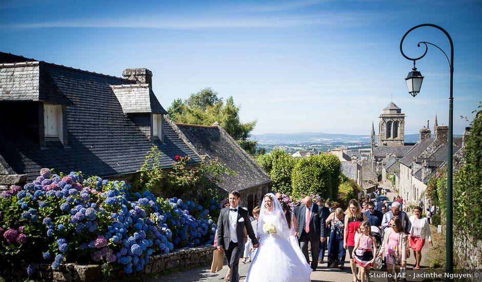 Le mariage de Altin et Denise à Locronan, Finistère