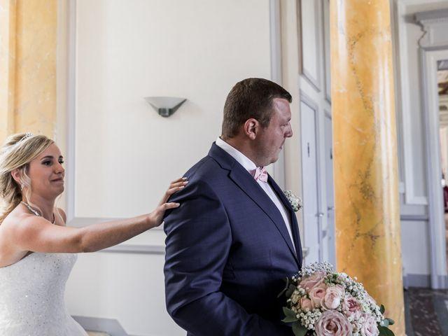 Le mariage de Antoine et Aurélie à Saint-Maurice-Saint-Germain, Eure-et-Loir 30