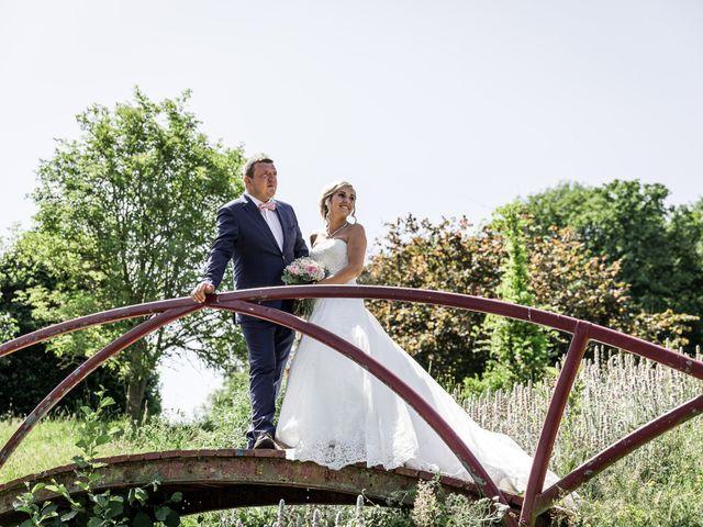 Le mariage de Antoine et Aurélie à Saint-Maurice-Saint-Germain, Eure-et-Loir 42