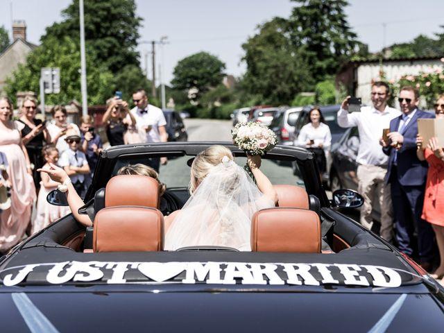 Le mariage de Antoine et Aurélie à Saint-Maurice-Saint-Germain, Eure-et-Loir 61
