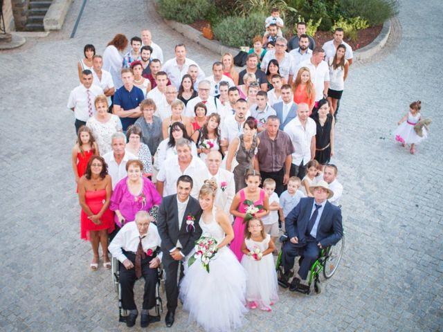 Le mariage de Cyril  et Coralie à Matour, Saône et Loire 16