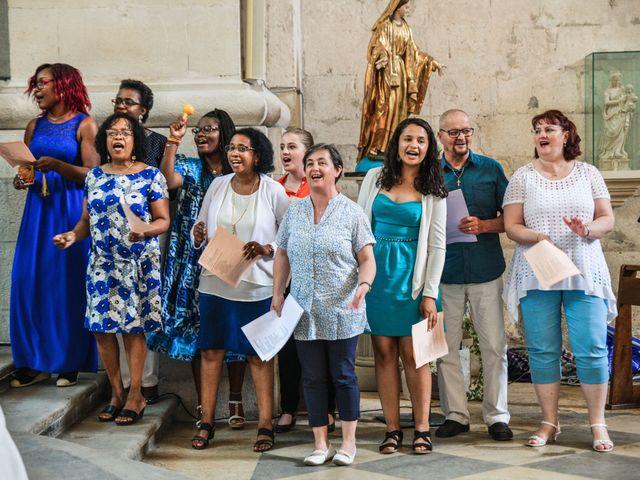 Le mariage de Yoann et Laure à Viviers, Ardèche 37