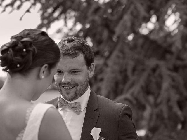 Le mariage de Mathieu et Anaïs à La Pommeraye, Calvados 32