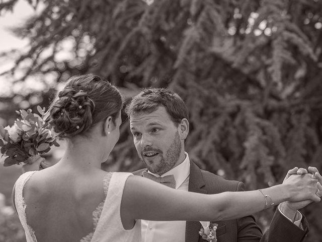 Le mariage de Mathieu et Anaïs à La Pommeraye, Calvados 34