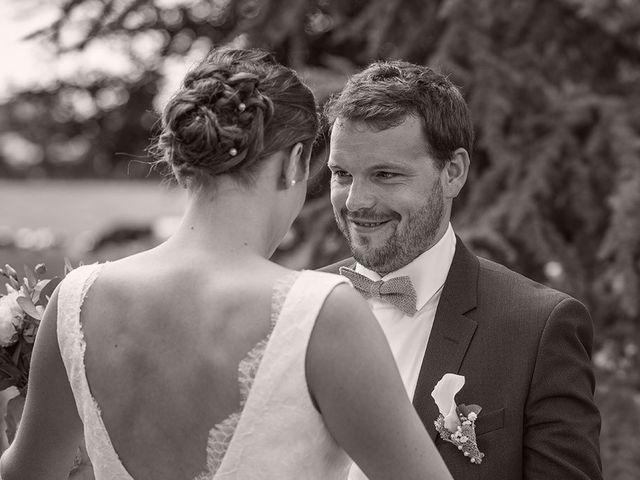 Le mariage de Mathieu et Anaïs à La Pommeraye, Calvados 35