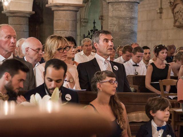 Le mariage de Mathieu et Anaïs à La Pommeraye, Calvados 51