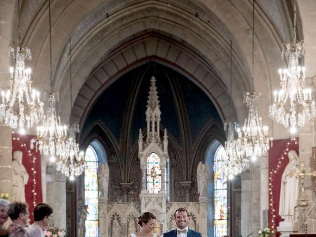 Le mariage de Mathieu et Anaïs à La Pommeraye, Calvados 66