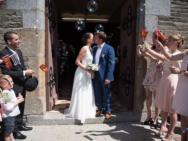 Le mariage de Mathieu et Anaïs à La Pommeraye, Calvados 69