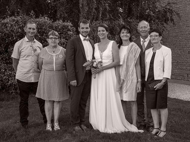 Le mariage de Mathieu et Anaïs à La Pommeraye, Calvados 114
