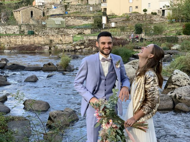 Le mariage de Nicolas et Sarah à Le Puy-Saint-Bonnet, Maine et Loire 4