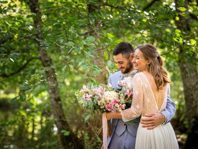 Le mariage de Nicolas et Sarah à Le Puy-Saint-Bonnet, Maine et Loire 2