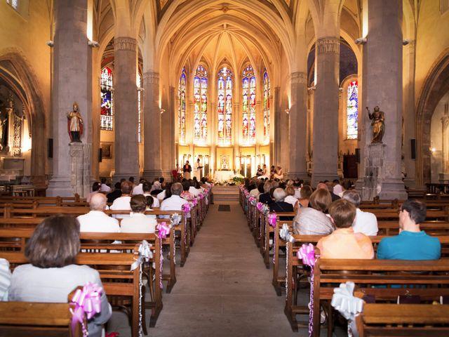 Le mariage de Christophe et Charlotte à Saint-Galmier, Loire 63