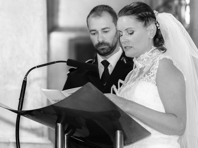 Le mariage de Christophe et Charlotte à Saint-Galmier, Loire 70