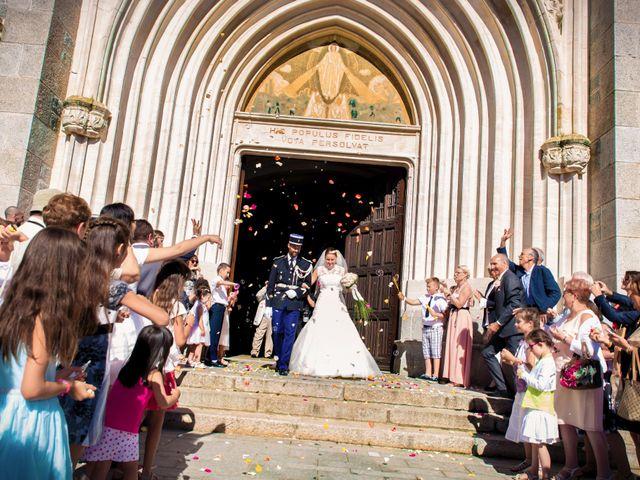 Le mariage de Christophe et Charlotte à Saint-Galmier, Loire 77