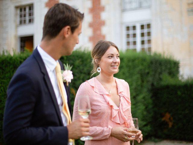 Le mariage de Charles et Clara à Vallery, Yonne 37