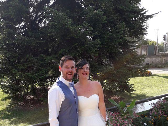 Le mariage de Damien et Aurélie à Grandpré, Ardennes 3