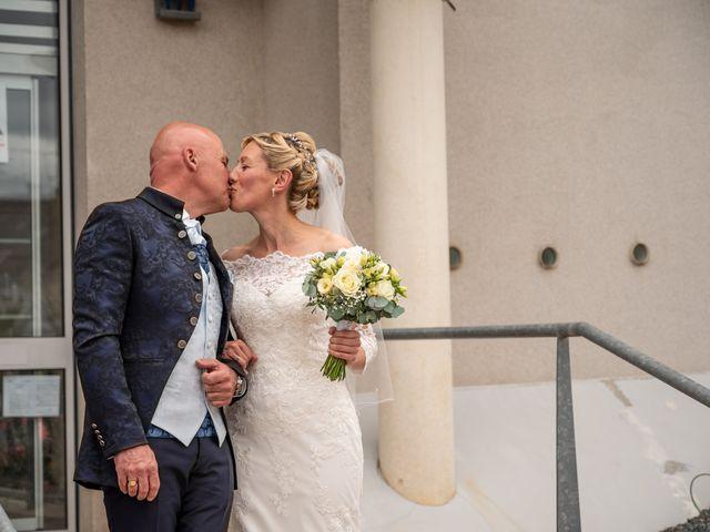 Le mariage de Pascal et Celine à Vouillé, Vienne 17