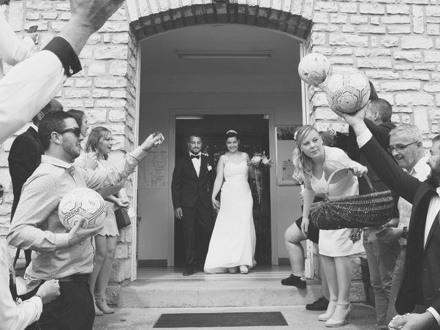 Le mariage de Nicolas et Elodie à Nitry, Yonne 15