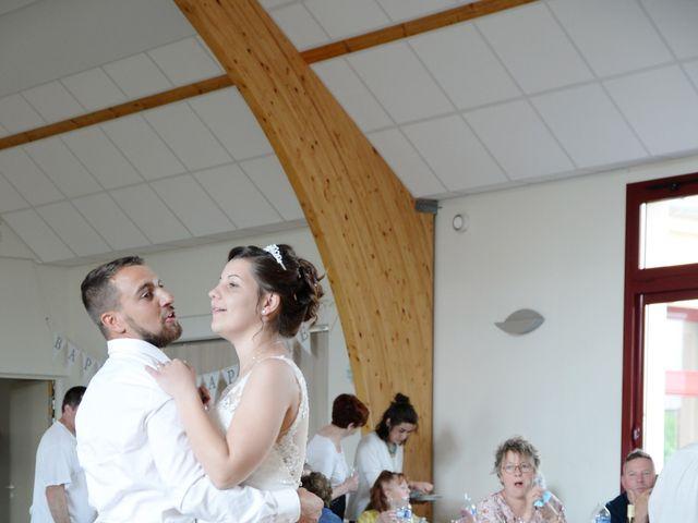 Le mariage de Nicolas et Elodie à Nitry, Yonne 30