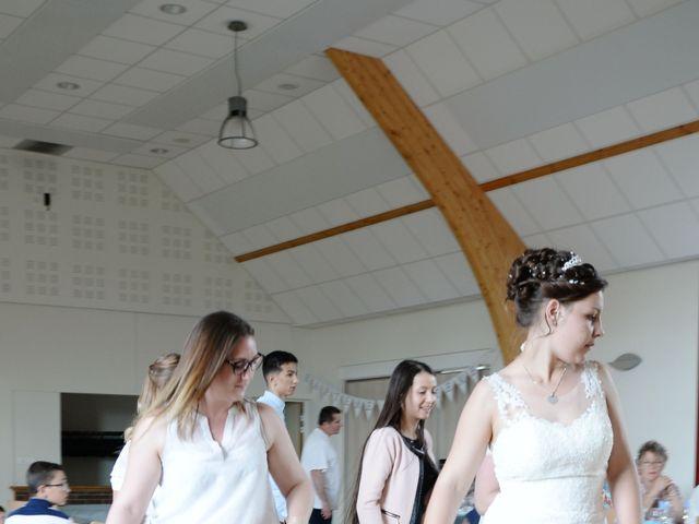 Le mariage de Nicolas et Elodie à Nitry, Yonne 33