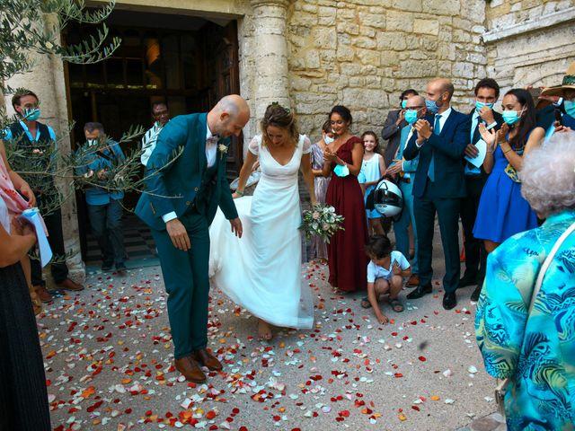 Le mariage de Laurent et Sandrine à Beaucaire, Gard 146