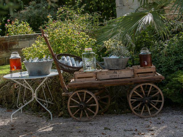 Le mariage de Laurent et Sandrine à Beaucaire, Gard 194