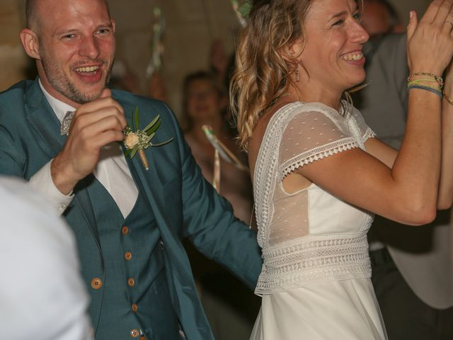 Le mariage de Laurent et Sandrine à Beaucaire, Gard 289