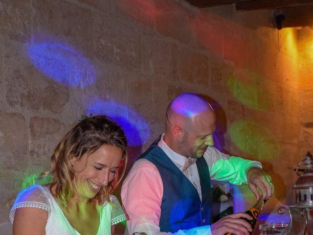 Le mariage de Laurent et Sandrine à Beaucaire, Gard 298
