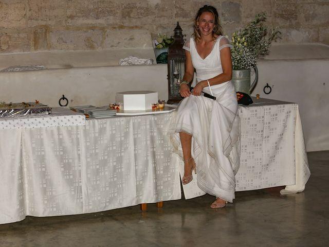 Le mariage de Laurent et Sandrine à Beaucaire, Gard 306