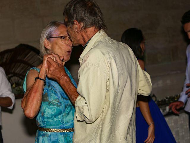 Le mariage de Laurent et Sandrine à Beaucaire, Gard 324