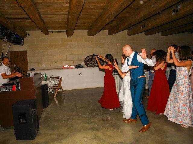Le mariage de Laurent et Sandrine à Beaucaire, Gard 338