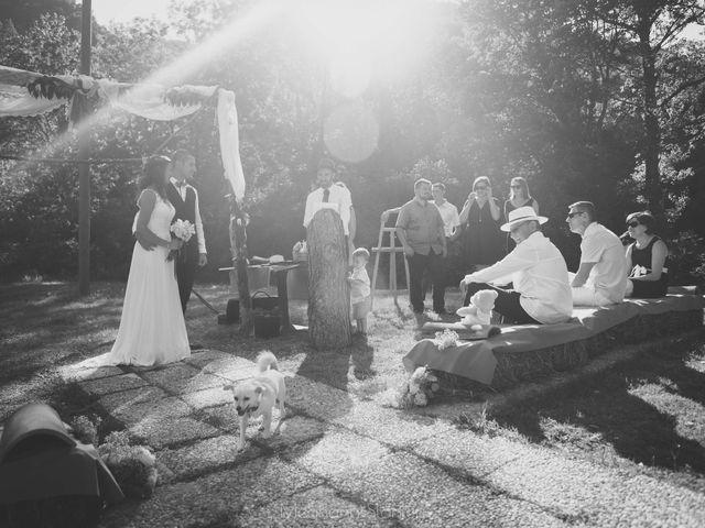 Le mariage de Fabien et Isabelle à Nyons, Drôme 23