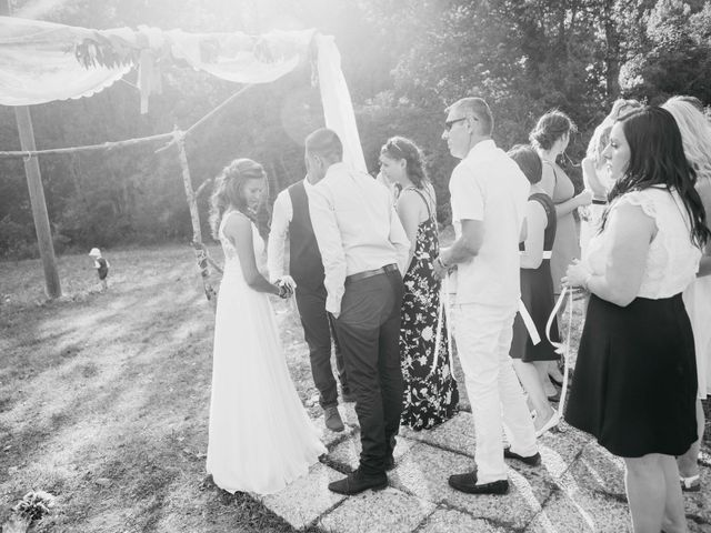 Le mariage de Fabien et Isabelle à Nyons, Drôme 27