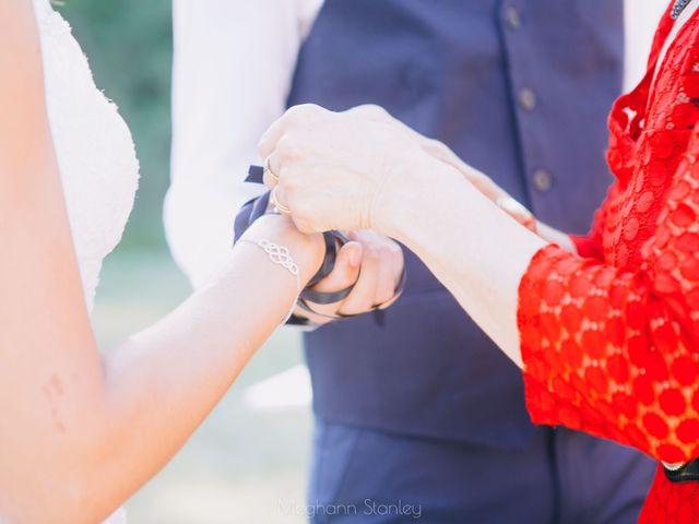 Le mariage de Fabien et Isabelle à Nyons, Drôme 33