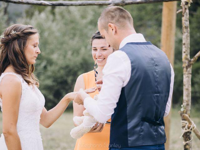 Le mariage de Fabien et Isabelle à Nyons, Drôme 38