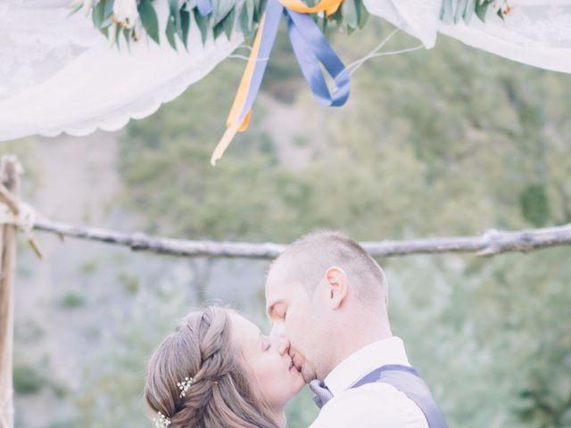 Le mariage de Fabien et Isabelle à Nyons, Drôme 1