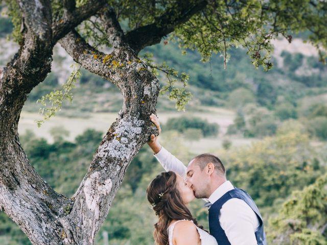 Le mariage de Fabien et Isabelle à Nyons, Drôme 42